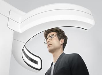 Sehberatung zur Auswahl optimaler Brillengläser mit Zeiss Technologie
